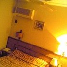 Salon du livre, Roquebrune (06): kitschos mon hotel non? J\'adore..
